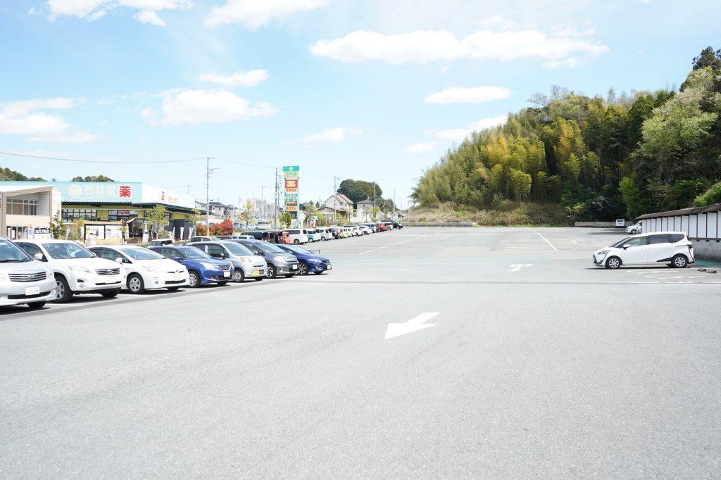 掛川花鳥園の駐車場