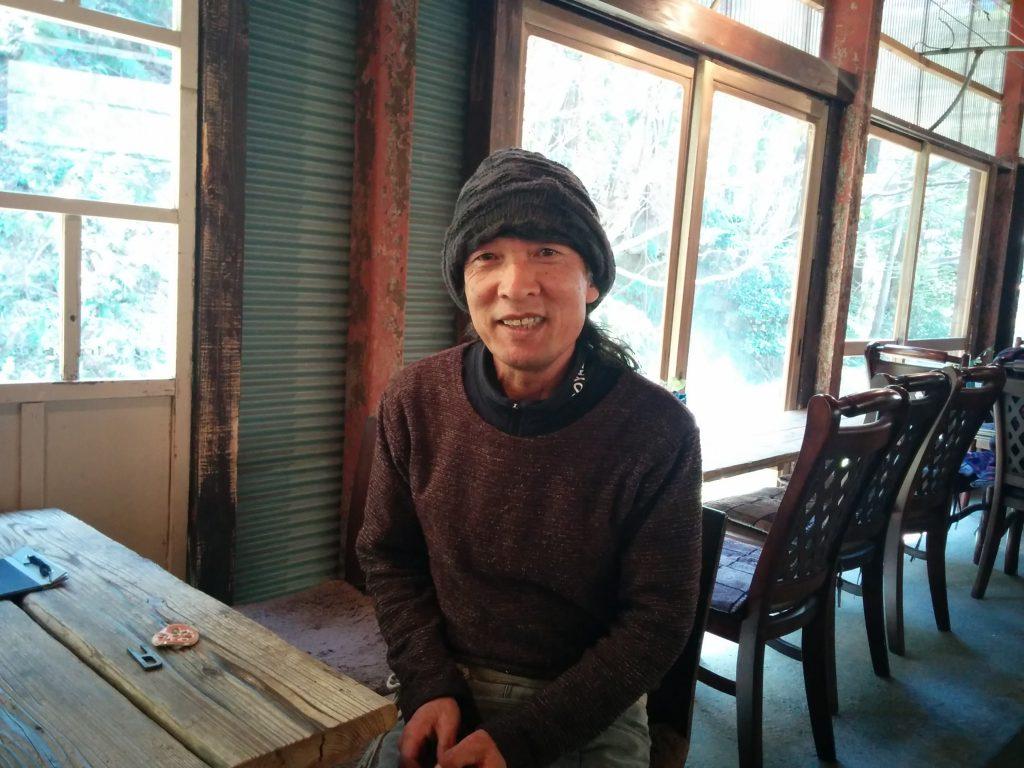 アンティークカフェのオーナーさん