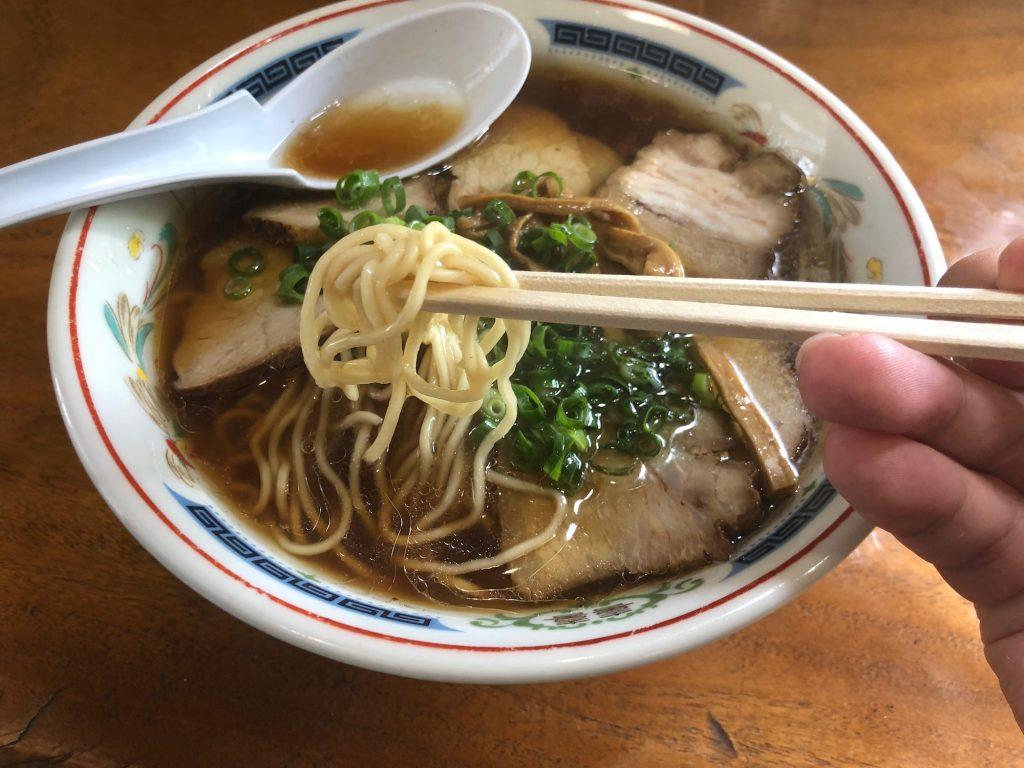 桃源郷のチャーシュー麺